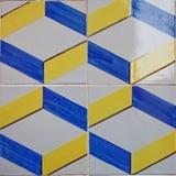 Kopierte farbige Fliesen auf Haussymbol von Lissabon Europäische authentische Art Stockbilder