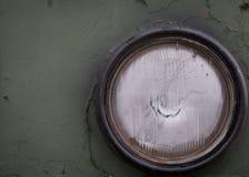 Koplamp op een militaire oude auto royalty-vrije stock afbeelding