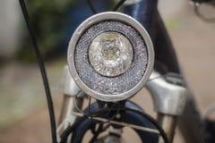 Koplamp van een fiets stock fotografie