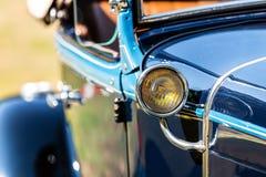Koplamp van een historische auto royalty-vrije stock fotografie