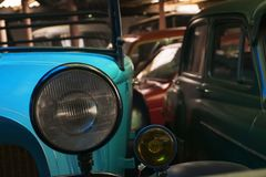 Koplamp van een uitstekende auto royalty-vrije stock foto