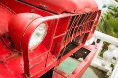 Koplamp van oude auto stock afbeelding
