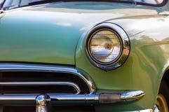 Koplamp van retro auto stock foto's