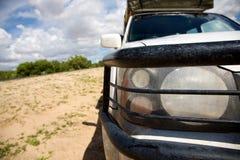 Koplampen en bumper van een 4x4 auto - Kalahari Royalty-vrije Stock Foto's