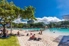 KOPOWIE; AUSTRALIA - 17 2017 KWIECIEŃ Tropikalna pływacka laguna na t zdjęcie royalty free