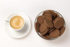 Kopp av espresso och biscotti Arkivfoto