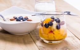 Kopp av nya frukter Royaltyfria Bilder