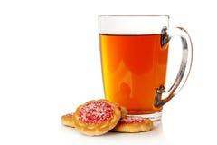 Kopp av tea och kakor Royaltyfri Foto