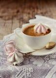 Kopp kaffe med Fotografering för Bildbyråer