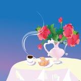 kopp kaffe och bakelser på tabellen, Royaltyfri Bild