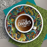 Kopp kaffe och hand drog abstrakt begreppklotter stock illustrationer