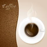Kopp kaffe på pappers- bakgrund Royaltyfri Bild