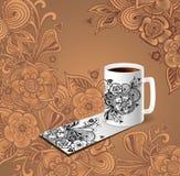 Kopp kaffebesökkortet dekorerar klotterblommor Arkivfoto