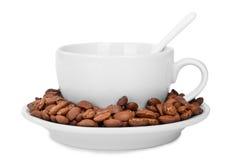 Kopp- och kaffebönor Royaltyfria Foton
