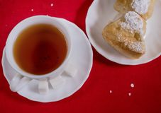 Kopp te och hemlagade kakor Arkivbilder