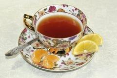 Kopp te och honung Royaltyfri Bild