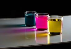 Koppar dricker, nytt, friskhetfärg, skott, blått, exponeringsglas, färgstänk, vatten, Arkivfoton