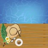 Koppar kaffe på tabellen nära pölen med kopieringsutrymmebakgrund Arkivbild