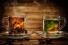 Koppar med te Fotografering för Bildbyråer