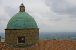 Kopparkupol av Cortona, Italien Arkivfoto