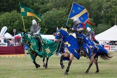KOPPEL-HOLZ, KENT/UK - 12. JUNI: Mittelalterliches Turnieren wieder--enactme Lizenzfreies Stockfoto