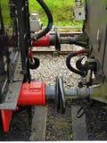 Koppelung zwischen zwei Güterwagen stockfotos
