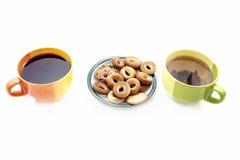 Koppen met thee en koekjes Royalty-vrije Stock Afbeelding