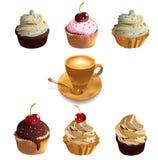 Koppkakor och kopp kaffe. Royaltyfri Bild