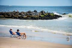 Koppla av den Belmar stranden Arkivfoton