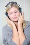 koppla av för musik Royaltyfri Fotografi