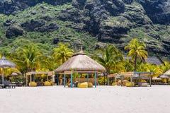 Koppla av ferier i tropiskt paradis Mauritius ö Royaltyfria Bilder
