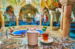 Koppla av i historisk tehus i Kerman, Iran Fotografering för Bildbyråer