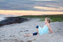 Koppla av i sanden Fotografering för Bildbyråer