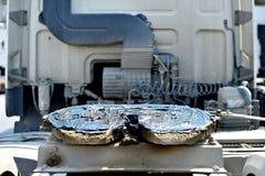 Koppla ihop för lastbil för femte hjul som är inoljat Royaltyfria Bilder