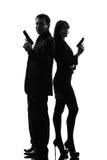 Koppla ihop konturn för brottslingen för det hemliga medlet för kvinnamannen den detektiv- Fotografering för Bildbyråer