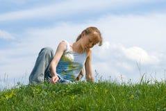 kopplad av flicka Fotografering för Bildbyråer