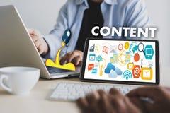 Kopplande in vision för information om publikation för massmedia för NÖJDA marknadsföringsdata Blogging tillfredsställer begrepp arkivbilder