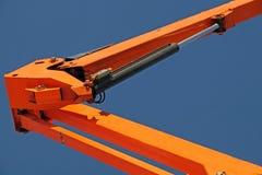Kopplingsbeståndsdelrör i det hydrauliska systemet av traktoren tryck leda i rör konstruktionsmaskineri Royaltyfri Bild