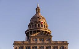 Kopuła capitol budynek z jeden gwiazdową flaga w Austin, Teksas, USA Obraz Royalty Free