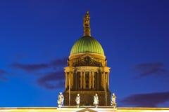 kopuła Customs dom przy nocą dublin Irlandia obraz royalty free