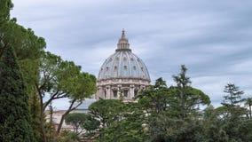Kopuła St Peter bazylika w Watykan, Rzym, Włochy fotografia stock