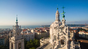 Kopuła Estrela bazylika na tle Lisbon przy ranku widok z lotu ptaka Obraz Stock