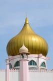 Kopuła Kuching Grodzki meczet a K masjid Bandaraya Kuching w Sarawak, Malezja Zdjęcie Royalty Free