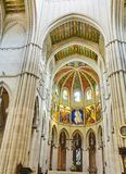 Kor av Almudena Cathedral madrid spain arkivfoto