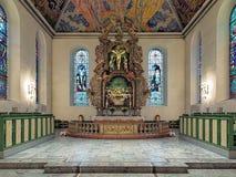Kor och altare av den Oslo domkyrkan, Norge royaltyfri bild