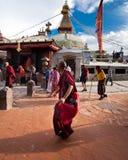 Kora wokoło Boudhanath stupy Nepal, Kathmandu Obraz Stock