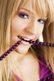 koralików piękna mienia kobieta Zdjęcie Stock