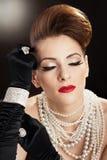 koralików piękna portreta kobieta Obrazy Stock
