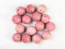 Koraliki od naturalnego różowego rhodonite gemstone obrazy stock