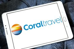 Koralowy podróży wycieczki turysycznej agenci logo Zdjęcie Stock